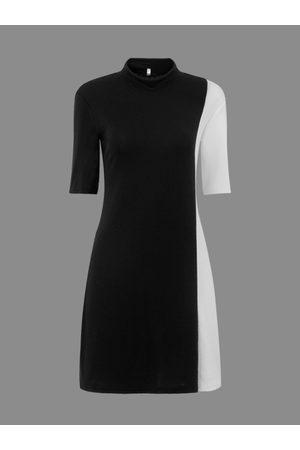 YOINS High Neck Pencil Dress in Color Block