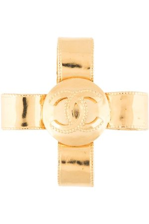 CHANEL 1997 CC cross brooch