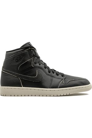 Jordan 1 Retro High sneakers