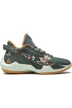 Nike Freak 2 sneakers