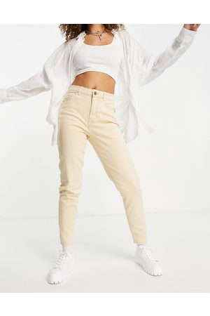 Pieces High waisted mom jean in beige