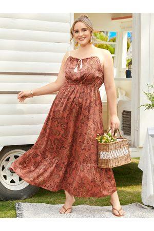 YOINS Plus Size Paisley Spaghetti Sleeveless Dress