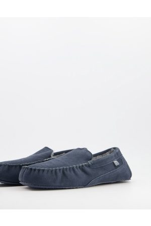 Totes Leather moccasin slippers in navy