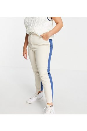 Daisy Street Women Boyfriend - Mom jeans in colour block denim co-ord