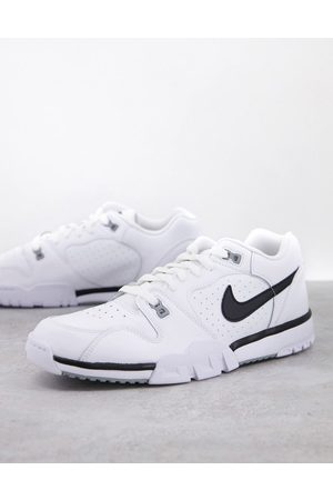 Nike Cross Trainer Low trainers in /black