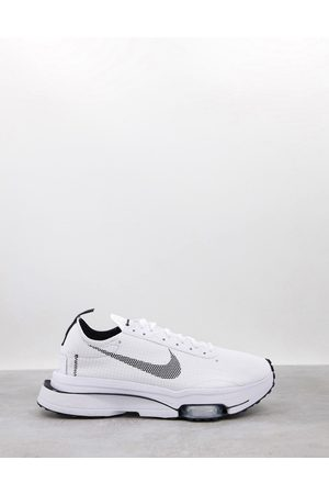 Nike Air Zoom-Type SE trainers in