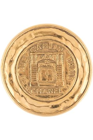 CHANEL Rue Cambon medallion brooch