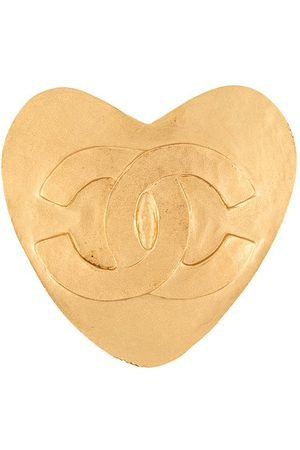 CHANEL 1995 CC heart brooch