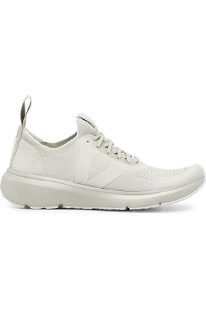 Veja Runner lace-up trainers
