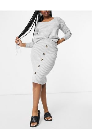 I saw it first Knitted top and button midi skirt co ord in