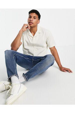 New Look Men Short sleeves - Short sleeve cord shirt in off