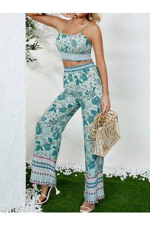 YOINS Floral Print & Tribal Scoop Neck Sleeveless Top & Pants Set