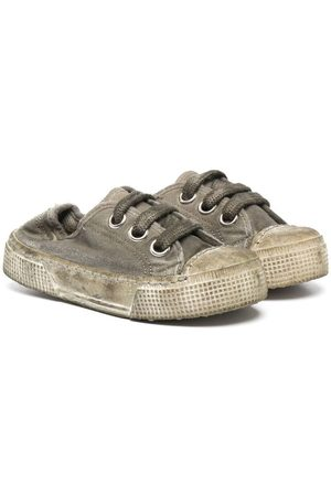 PèPè Boys Sneakers - Distressed-finish lace-up sneakers