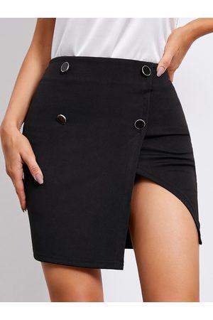 YOINS Front Button Slit Hem Mini Skirt