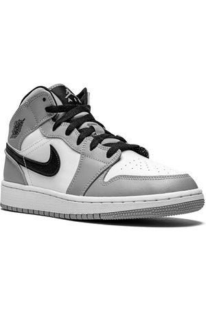 Jordan Kids Boys Sneakers - Air Jordan 1 Mid sneakers