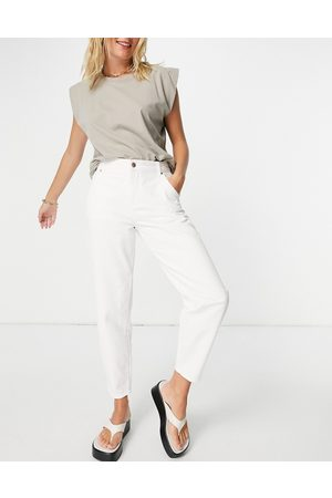 ONLY Troy tapered leg jeans with high waist in ecru