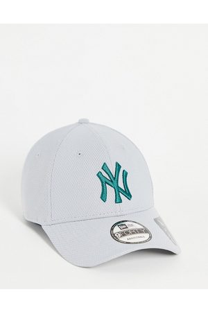 New Era Diamond Era 9FORTY New York Yankees mesh baseball cap in