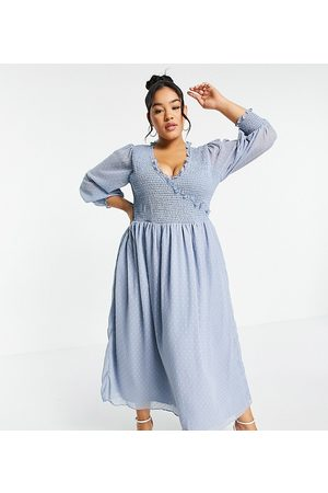 ASOS ASOS DESIGN Curve midi smock dress with shirred cuffs in dobby in
