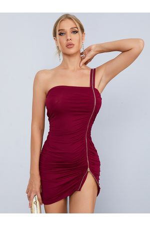 YOINS One Shoulder Zip Front Ruched Sleeveless Mini Dress