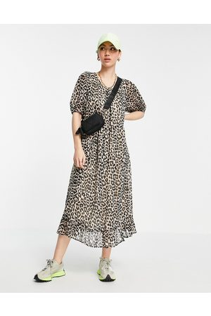 Selected Women Casual Dresses - Femme midi smock dress in leopard print-Multi
