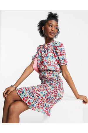 New Look Women Casual Dresses - Shirred puff sleeve mini dress in pattern
