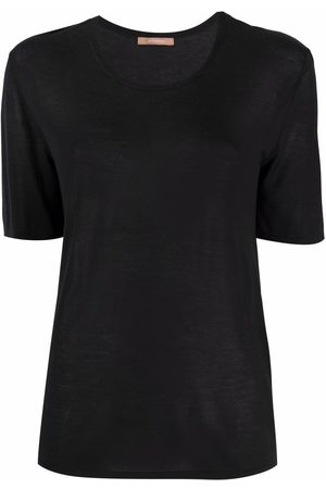 12 STOREEZ Ribbed knit scoop-neck T-shirt