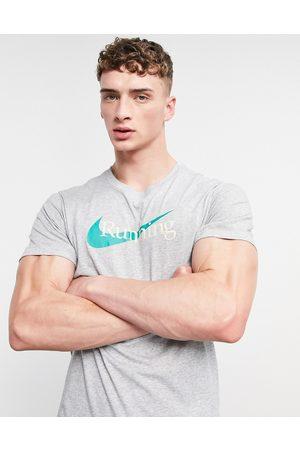 Nike Men Short Sleeve - Chest logo t-shirt in