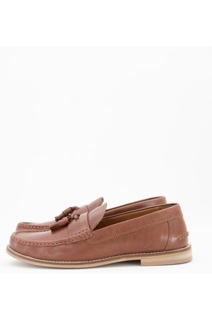 ASOS DESIGN Tassel loafers in tan leather with natural sole