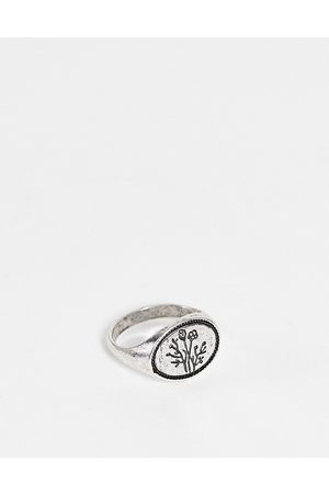 ASOS DESIGN Ring with flower in burnished