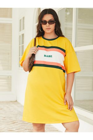 YOINS Plus Size Crew Neck Letter Half Sleeves Dress