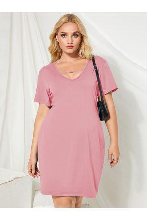 YOINS Plus Size V-neck Cut Out Short Sleeves Midi Dress