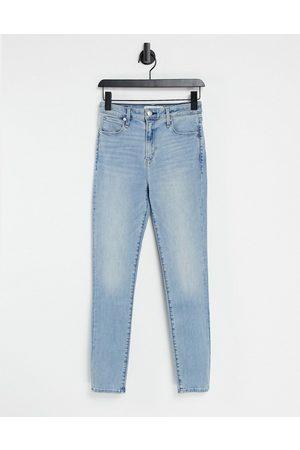 Abercrombie & Fitch Women Skinny - Skinny jeans in medium light indigo wash