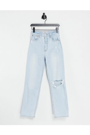 Abercrombie & Fitch Straight leg raw hem knee rip jeans in light wash