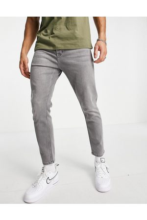 Topman Stretch tapered jeans in