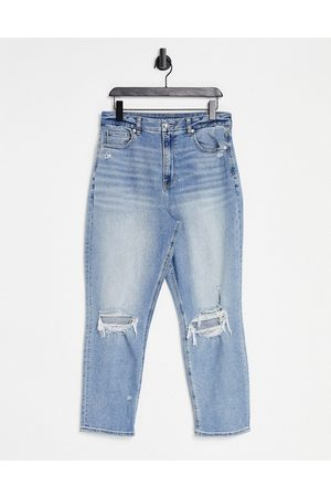 AMERICAN EAGLE Hourglass mom jeans with distressed knees in light wash