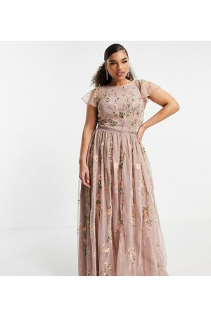 ASOS ASOS DESIGN Curve pretty embroidered floral and sequin mesh maxi dress-Multi