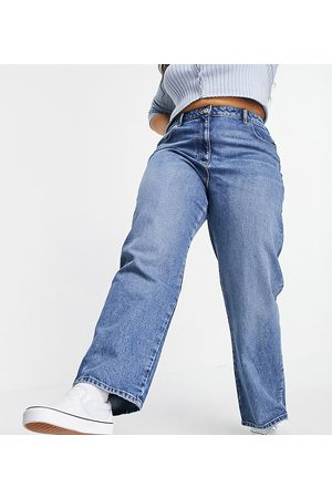 COLLUSION Plus x005 90s straight jeans in midwash