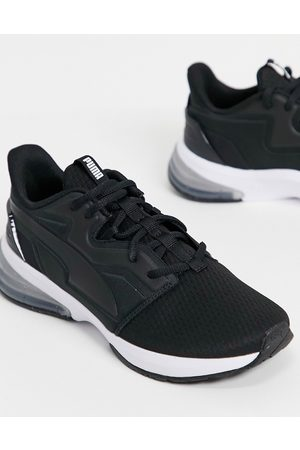 PUMA Training LVL-UP XT trainers in and white
