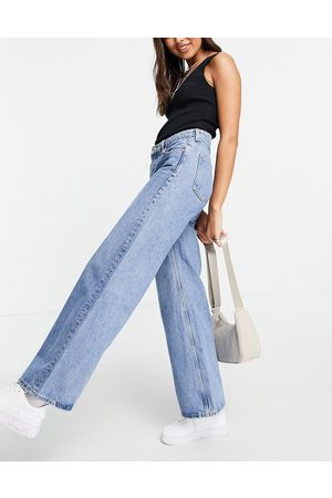 Weekday Ray organic cotton low rise wide leg jeans in hanson
