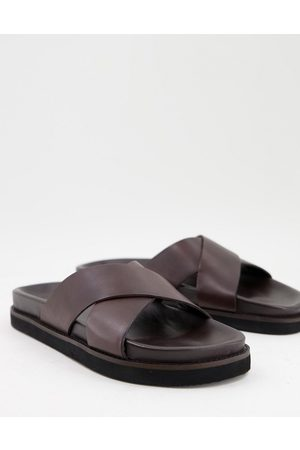 WALK LONDON Tommy cross over sandals in leather