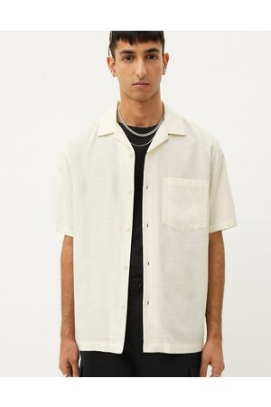 Weekday Chill short sleeve shirt in