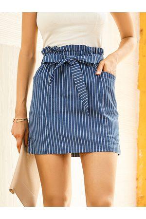 YOINS Striped Belt Design Side Pocket Mini Skirt