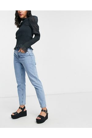 Noisy May Mom jeans in light wash