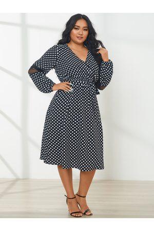 YOINS Plus Size V-neck Polka Dot Belt Design Long Sleeves Midi Dress