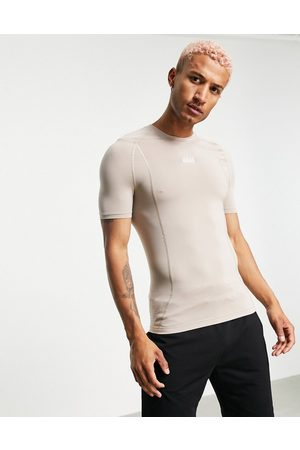 ASOS 4505 Men Sports T-shirts - Muscle fit training t-shirt with seam detail-Neutral