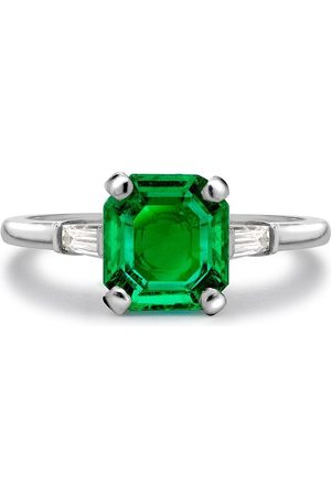 Pragnell Platinum Contemporary Colombian emerald and diamond ring