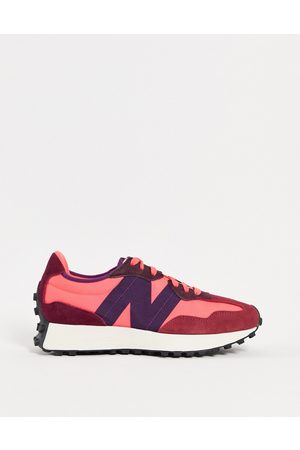 New Balance 327 trainers in and red