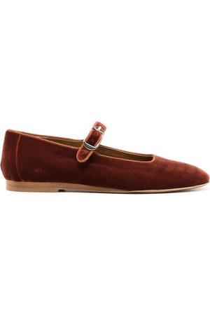 Le Monde Beryl Velvet ballerina shoes