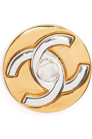 CHANEL 1997 CC Turn-lock brooch