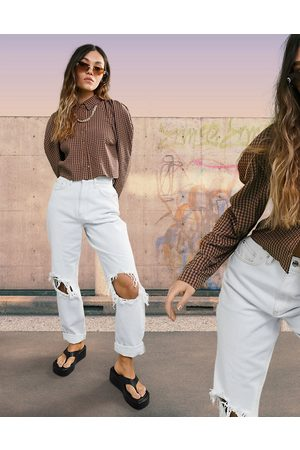 ASOS DESIGN Women Boyfriend - Organic cotton blend high rise 'slouchy' mom jean in antique white with extreme rips